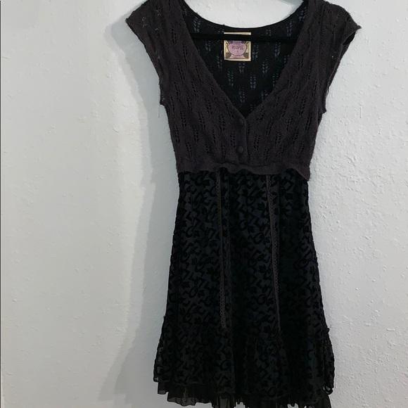 Free People Dresses & Skirts - Free People - Black Mini Dress - Size 4